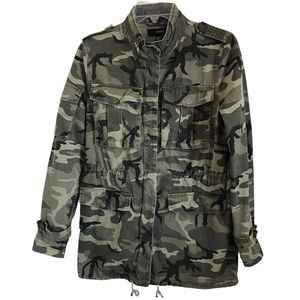 Forever 21 Women's Camouflage Utility Jacket Size Small